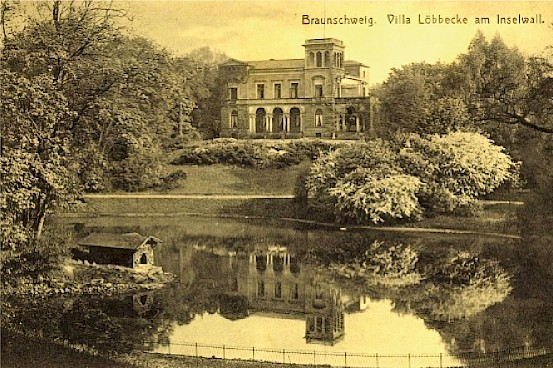 Villa Löbbecke [Quelle: http://static2.akpool.de/images/cards/88/882826.jpg]